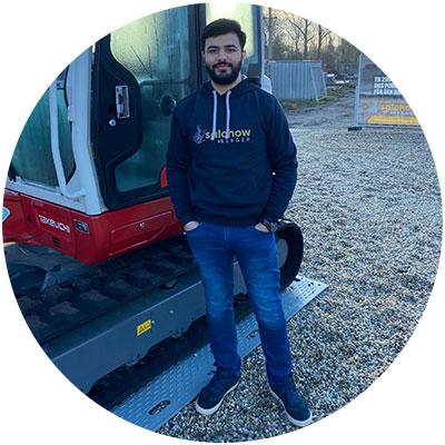 Adel Zenal, Mitarbeiter IT- Und E-Business der Firma Salchow & Berger Baubedarf GmbH in Altheim